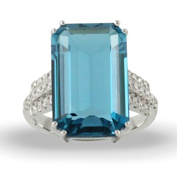 London Blue Topaz Ring 18KW