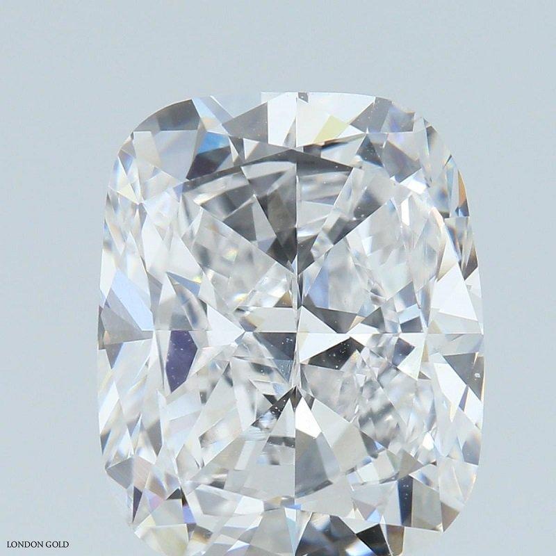 HPHT Diamond Cushion 5.01 E VVS2