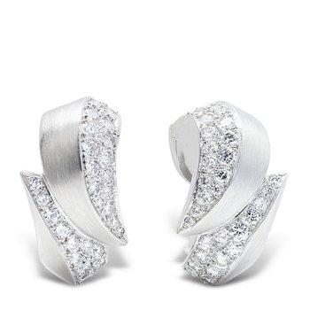 C'est Laudier Platinum Earrings