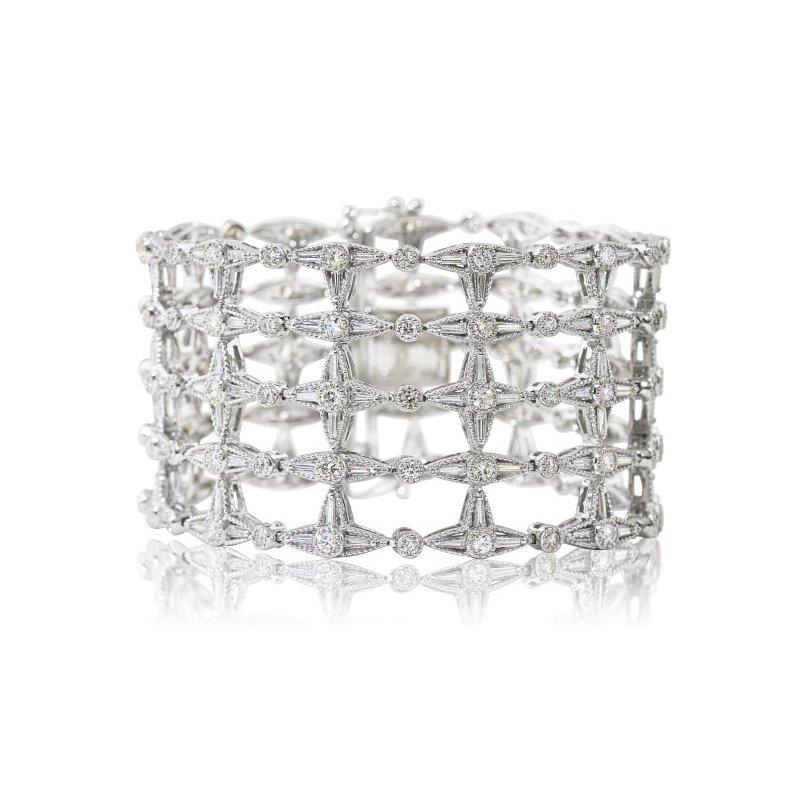 14 Facets Open Work Diamond Bracelet 14KW