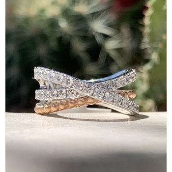 Criss Cross Diamond Ring 18K