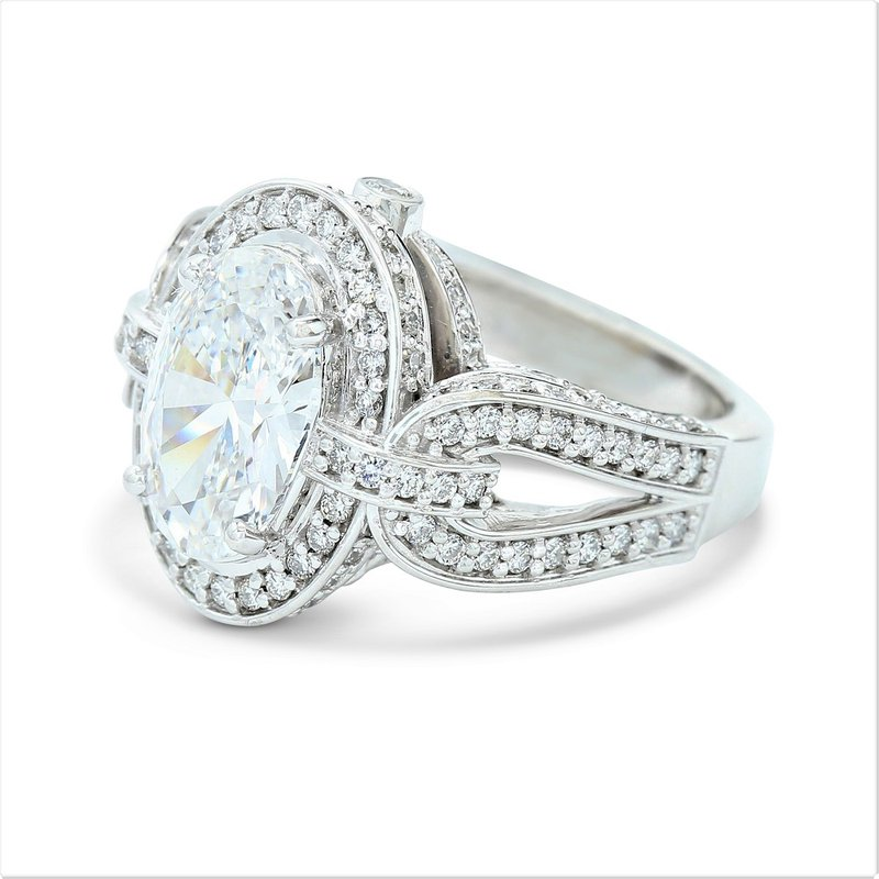 Lunaria 3.01 Oval Halo Engagement Ring 14KW