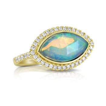 Opal & Diamond Ring 18KY