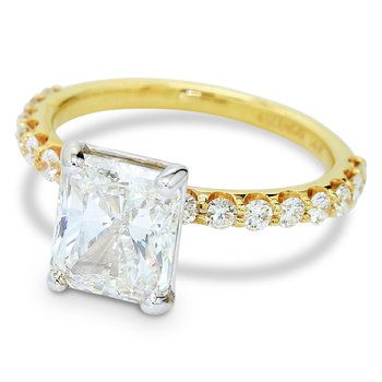 3.02ct Radiant Cut Diamond Ring 14KY