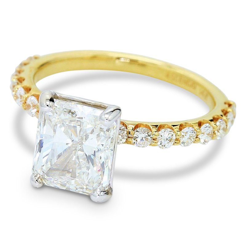 3.02ct Radiant Cut Diamond Ring 14KY
