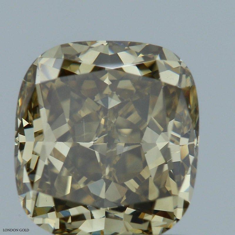 Colored Diamonds Cushion 2.04 Fancy-SI1
