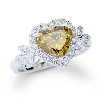Fancy Heart Shape Engagement Ring 18KW
