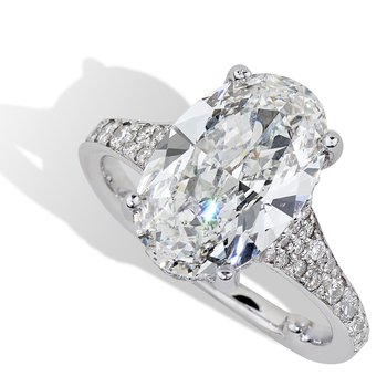 Oval Diamond Engagement Ring 18KW