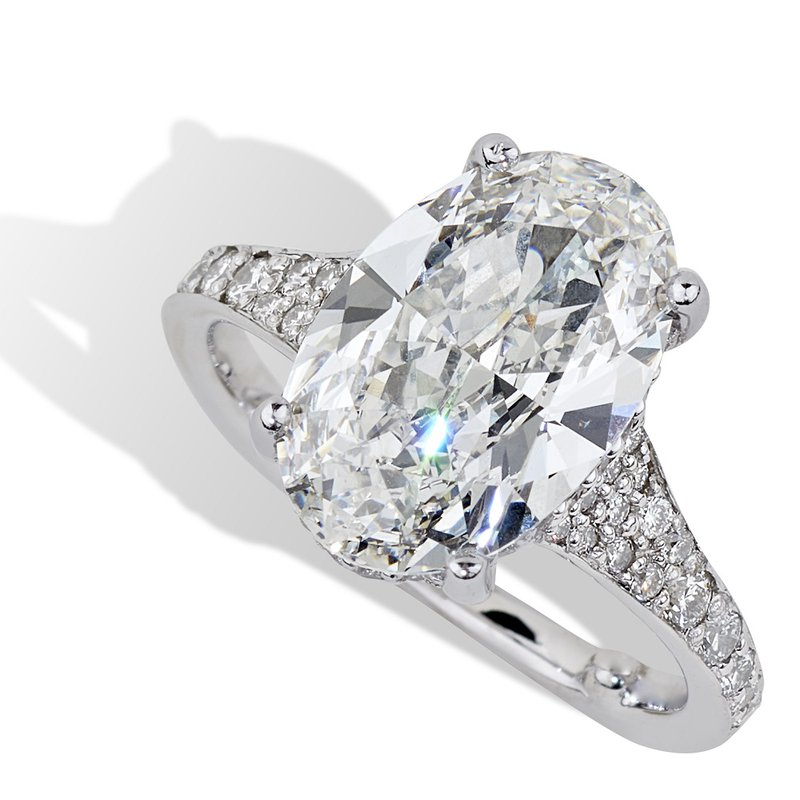 London Gold Designs Oval Diamond Engagement Ring 18KW