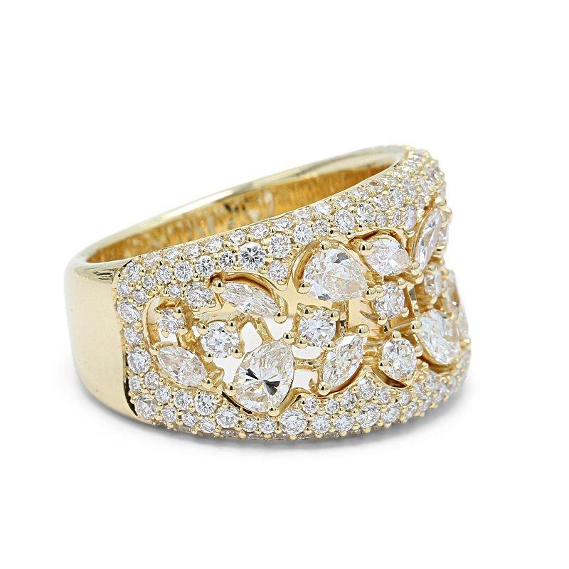 Isadora Pave Wide Diamond Band