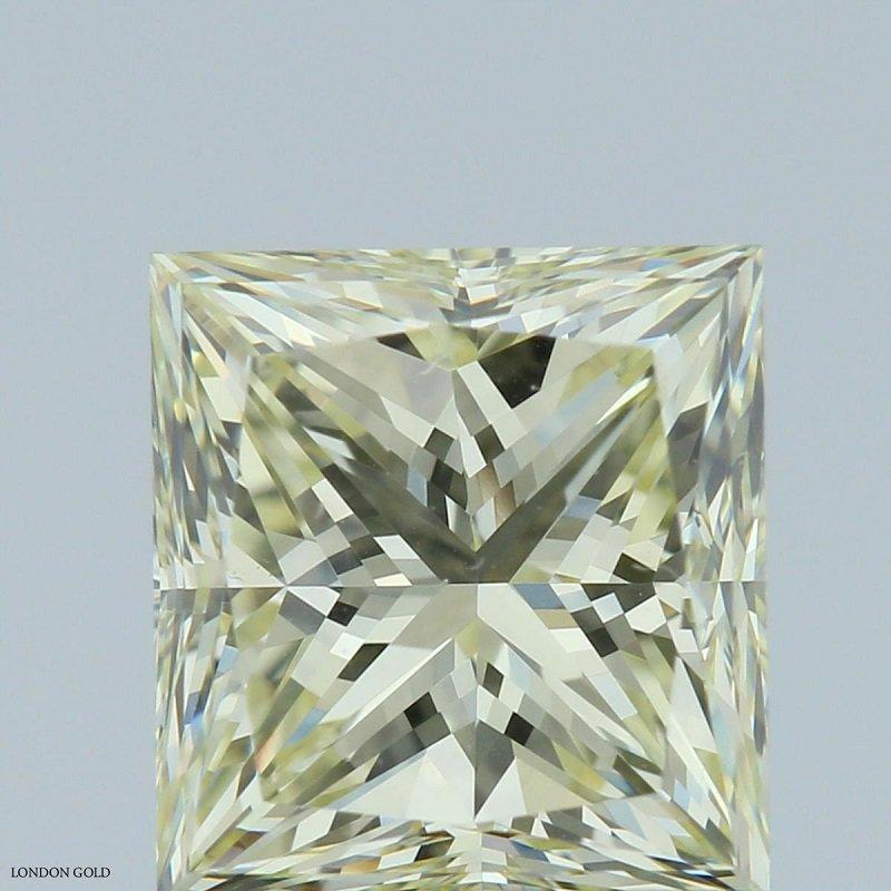 Colored Diamonds Princess 1.21 Y-Z  VS1