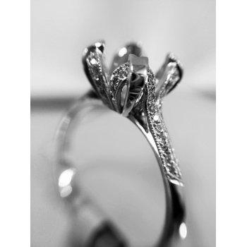 Engagement Ring Semi