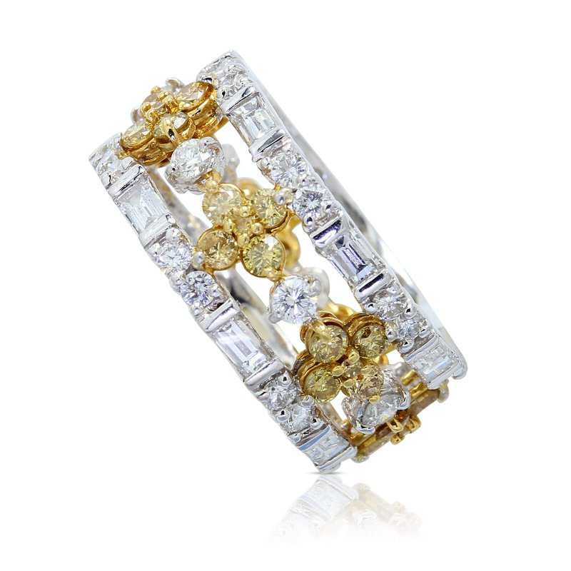 14 Facets Floral Diamond Eternity Band Plat/18KY
