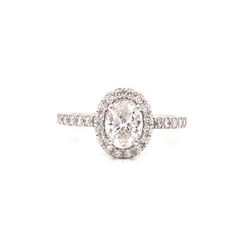 Oval Cut Diamond Halo