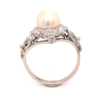 Estate Pearl Ring