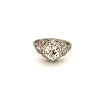 Estate Platinum Antique Ring