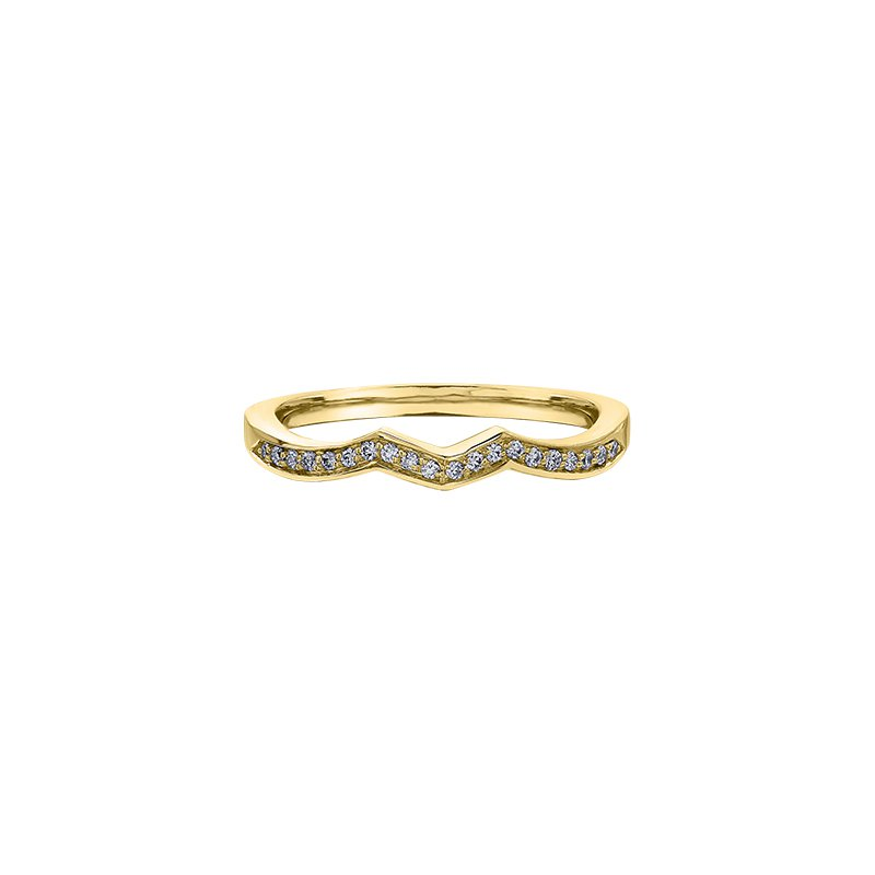 Maple Leaf Diamonds Wind's Embrace Diamond Set Engagement Ring in Yellow Gold