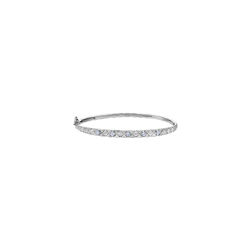 Maple Leaf Diamonds Winter Quilted Down Bangle