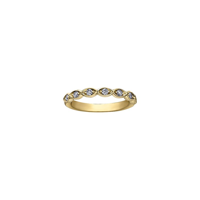 Maple Leaf Diamonds Spring Lily of the Valley Ring in Yellow Gold