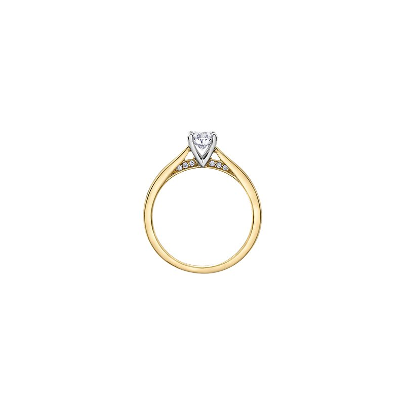 Maple Leaf Diamonds Solitaire Oval Engagement Ring in Yellow Gold