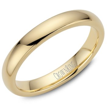 Classic Wedding Band in Yellow Gold