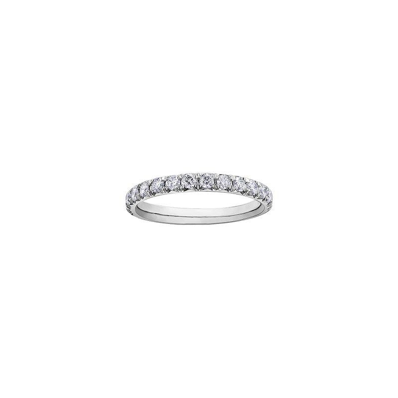 Maple Leaf Diamonds 150 Cut Collection Diamond Halo Engagement Ring