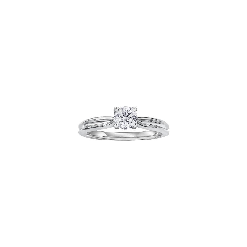 Maple Leaf Diamonds Eternal Flames Split Band Solitaire Ring in White Gold