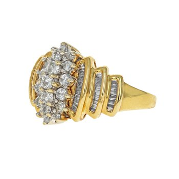 Round & Baguette Diamond Cluster Ring