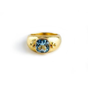 Aquamarine Bombe Ring