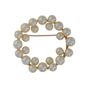 Circular Floating Pearl Pin