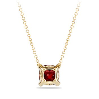 Pendant Necklace with Garnet and Diamonds in 18K Gold