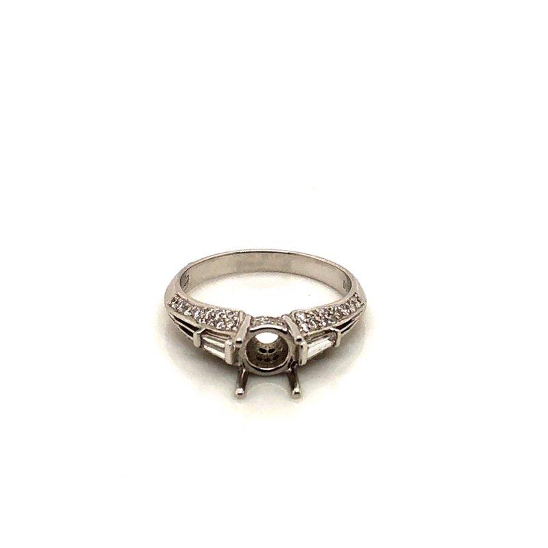 Instore Diamond Collection M81