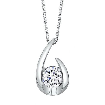 Hooked on Love Pendant - 1/2CT