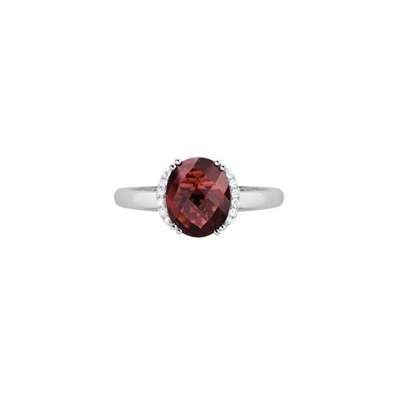 Lasker Gemstone Oval Garnet & Diamond Ring