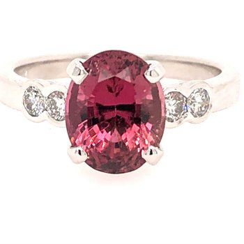 2.76ct Oval Pink Tourmaline