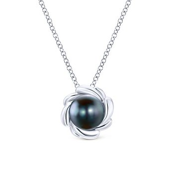 Floral 7.5mm Black Pearl Pendant