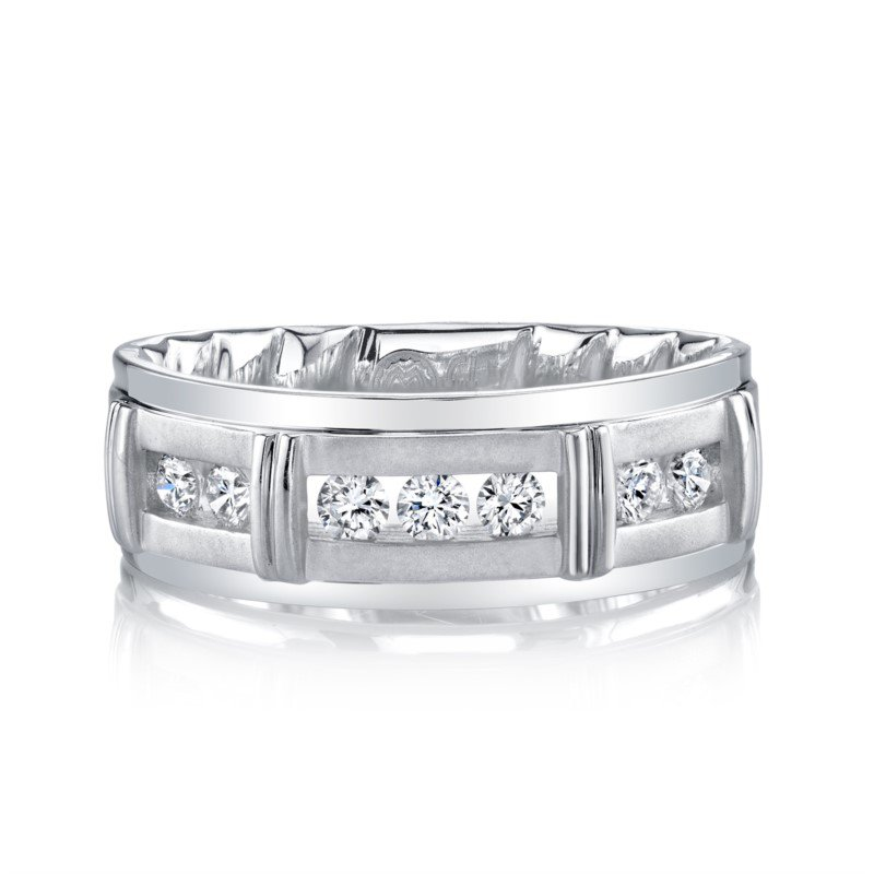 M-Fit 8mm Segmented Channel Diamond Band - 1/2cttw