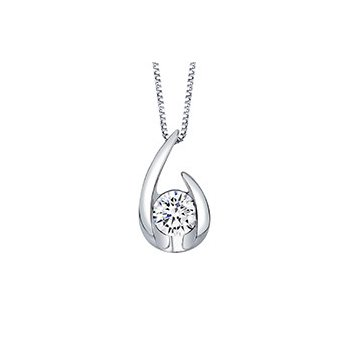 Hooked on Love Pendant - .50ct