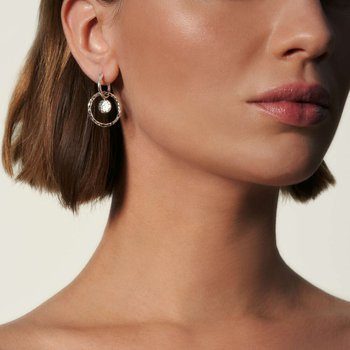 Hammered Interlink Drop Earring