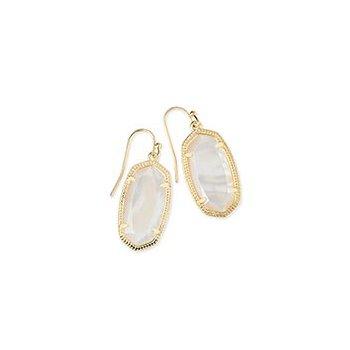 Dani Gold Earrings In White Pearl