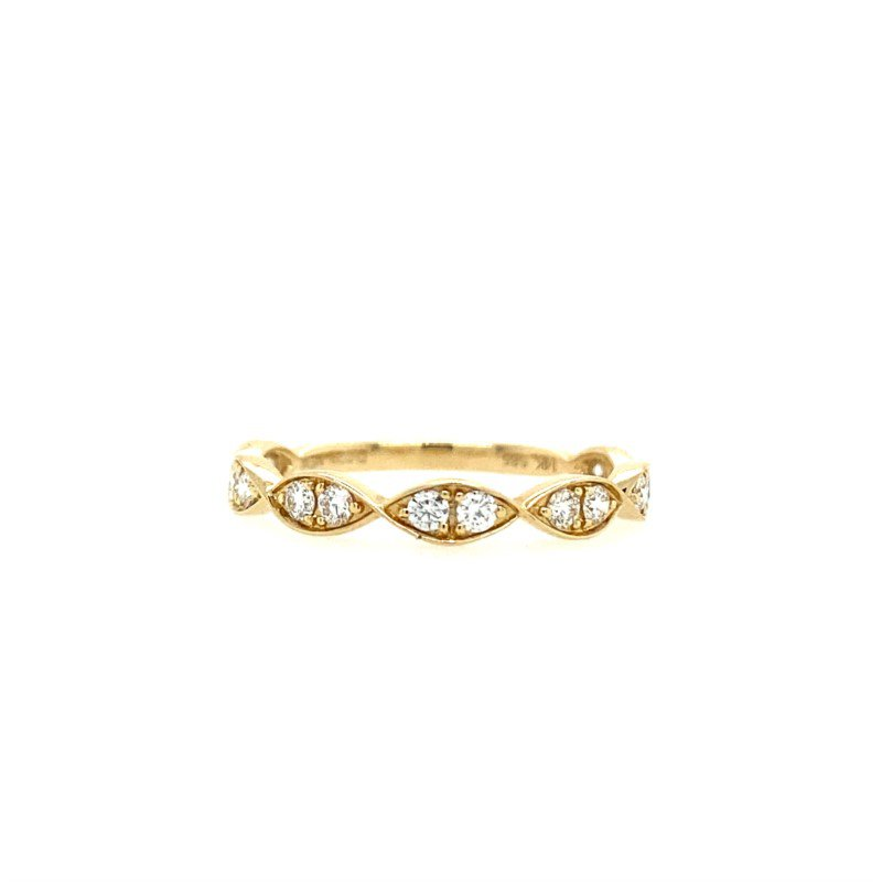 Lasker Bridal Twisted Scalloped Band