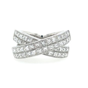 Invisible Set Criss Cross Band