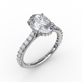 Classic Prong Engagement Ring Mounting for Oval Center