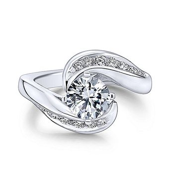 Hayley Ring Mounting
