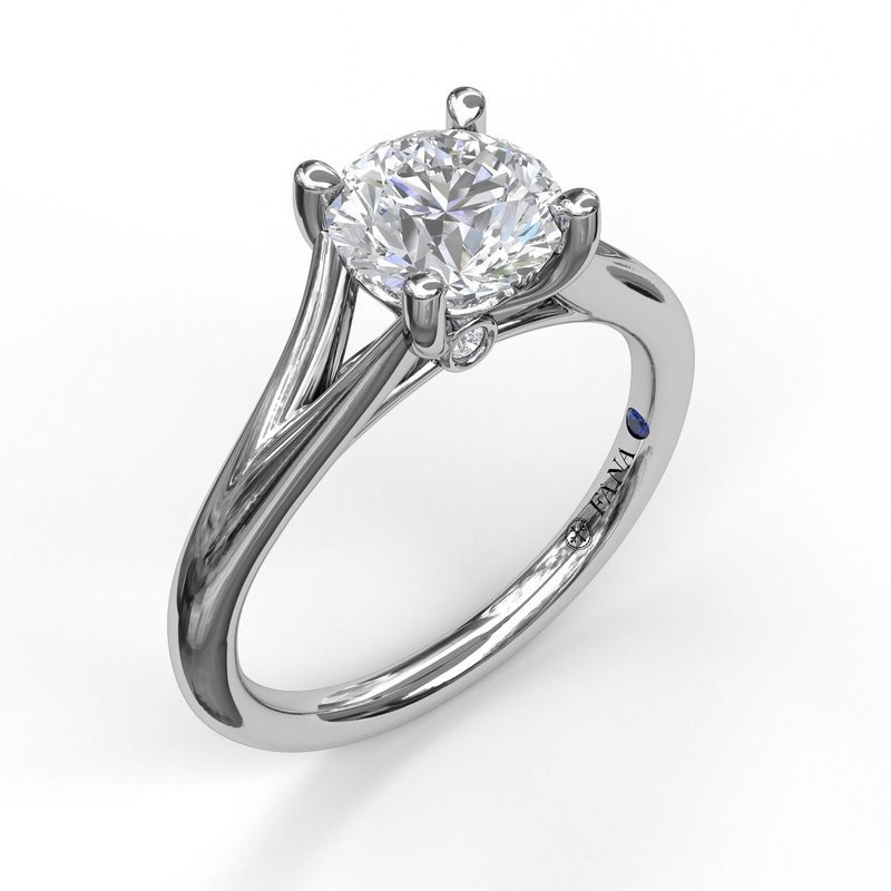 Fana Split-Shank Solitaire Engagement Ring Mounting