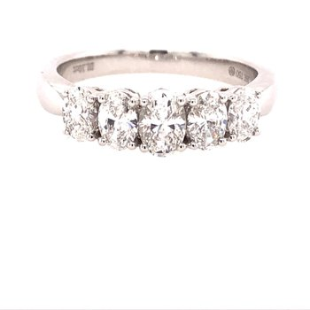 Graduated 5 Oval Diamond Ring
