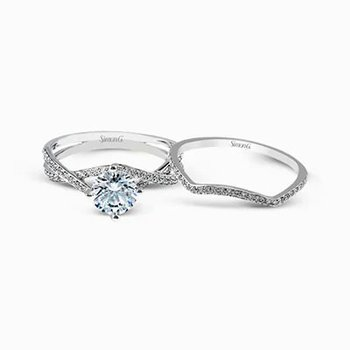 Classic Romance Engagement Set