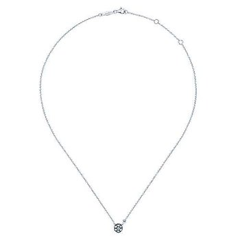 925 Silver Fashion Diamond White Sapphire Necklace
