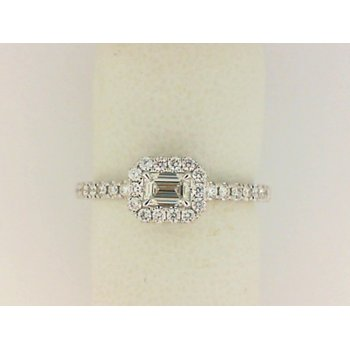18K White Gold Forevermark FEM Diamond Fashion Ring