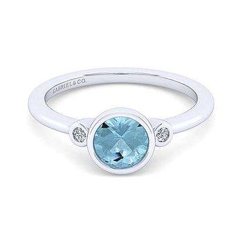Sterling Silver Aquamarine Fashion Ring